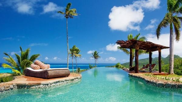 Laucala-Island-infinity-pool
