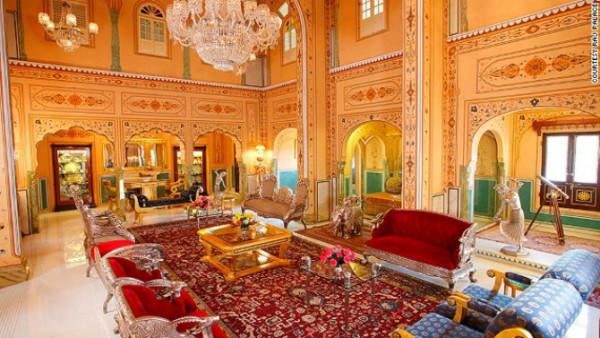 shahi-mahal-raj-palace